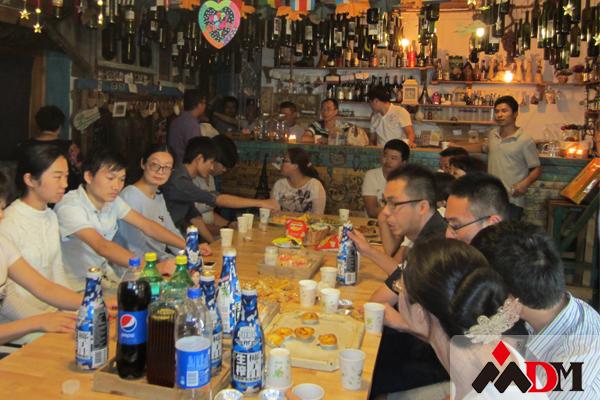 上海东蒙路桥机械有限公司(公司组织聚餐)